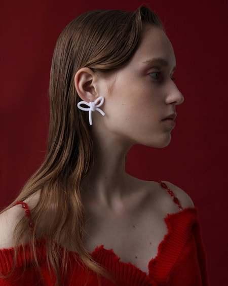 YVMIN Velvet Bow Earrings - White