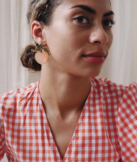 Wolf & Moon Peach Earrings - yellow/natural