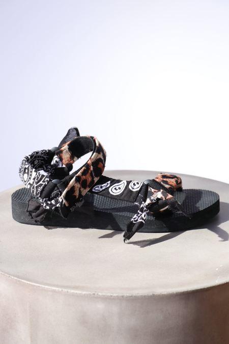 Arizona Love Trekky Leo Print  Bandana Sandals - Leo Black
