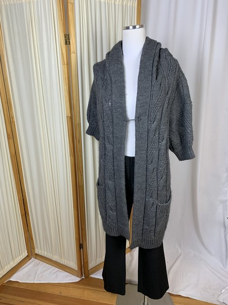 [Pre-loved] Vince. Hooded Short Sleeve Chunky Knit Cardigan - Grey