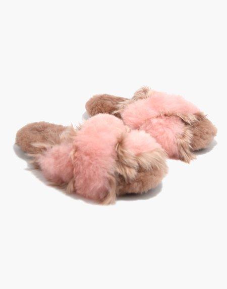 Ariana Bohling Sophie Alpaca Slipper - Blush/Pink