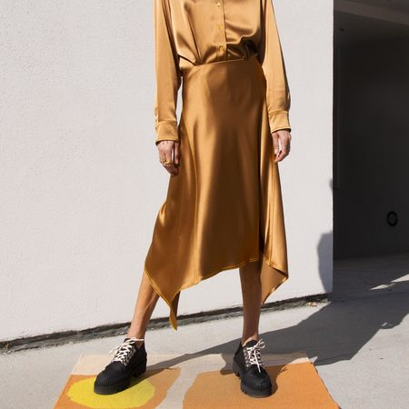 SIES MARJAN Darby Crinkled Satin Asymmetric Skirt - Praline