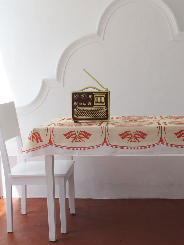 Mr Somebody + Mr Nobody Small Radio Box