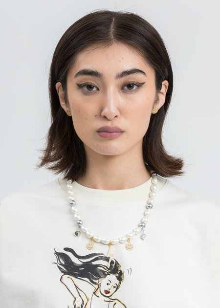 ASTAR HADES Pearl Smile Face Flash Necklace - Silver