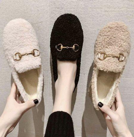 Klassified Slippers - Tan