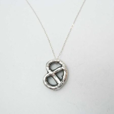 Gold Teeth Brooklyn Pretzel Necklace - Silver