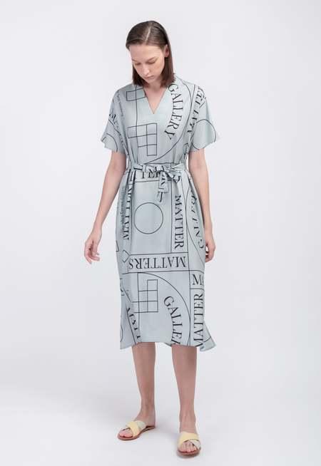 Matter Matters Short Sleeves V Neck Dress With Not Pattern - Grey