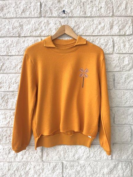 Prefontaine Pinwheel Sweatshirt - Stay Gold