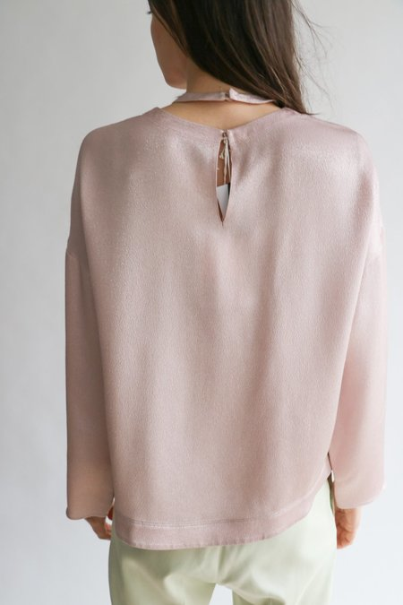[Pre-loved] Valentino Hammered Lamé Metallic Blouse - Light Pink