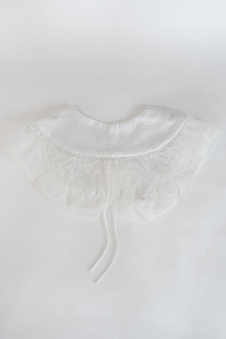 Serena Orlando Large Collar - White