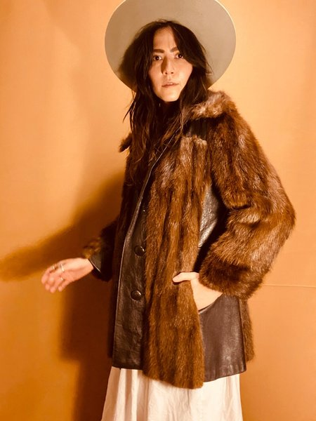 VINTAGE OL' MINING TOWN WESTERN FUR COAT - BROWN