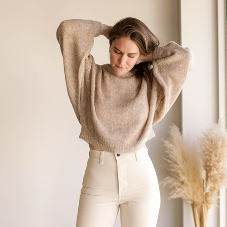 Atelier Delphine Lightweight Balloon Sleeve Sweater - Grain