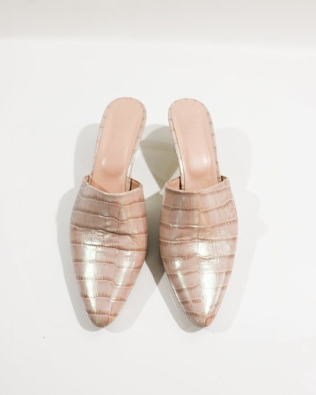 [pre-loved] Maryam Nassir Zadeh Iridescent Embossed Mules - Light Pink