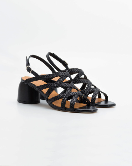 Naguisa Dolina Sandals - Black