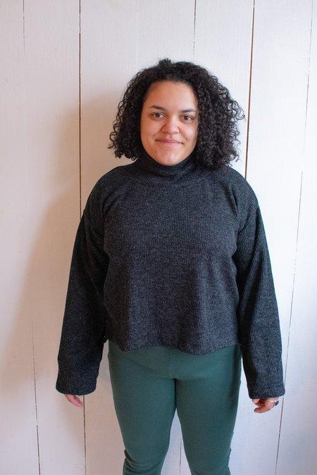 Conrado Ena Turtle Neck Cropped Wide Sleeve Sweater - Dark Grey