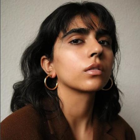 Maslo Jewelry Medium Hoop Earrings - 14K Gold Plate