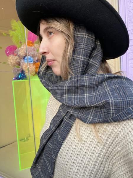 Clyde Gambler Hat with Tweed Neck Scarf - Black Wool