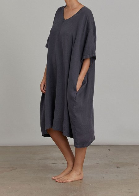 Black Crane V Neck Dress - Faded Black