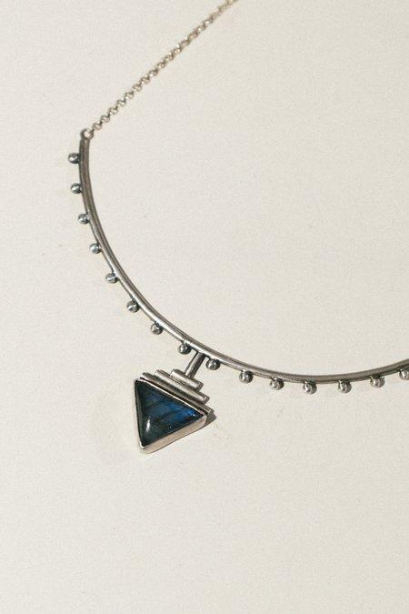 Stray Labradorite Pyramid Collar - Silver
