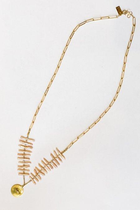 IL Design Milk & Honey Pink Pearl Rays Brass Eye Necklace - Brass/Pink