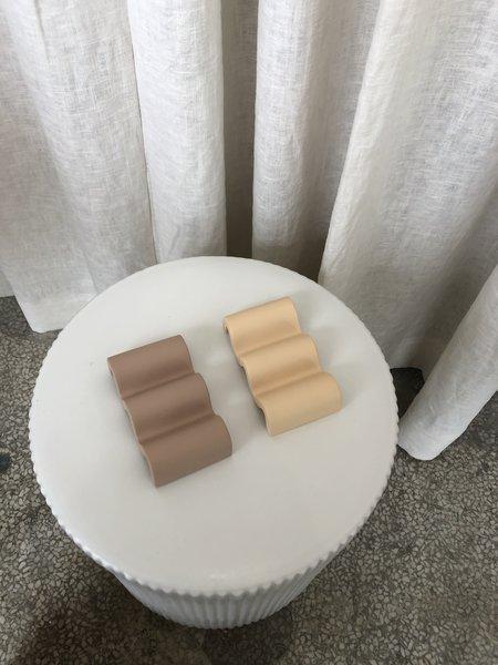 Ri-Ri-Ku Concrete Soap Dish