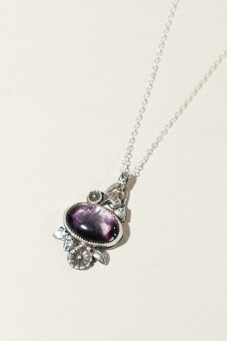 Pigeon Heart Flora Bloom with Amethyst Necklace - Silver