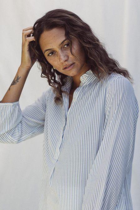 Trovata Sara B Henley Shirt - Blue Pinstripe
