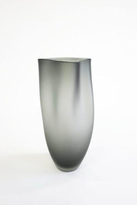 Jeff Goodman Ovelle vase - Neutral Grey