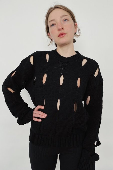 Theopen Product CUT-OUT COTTON SWEATER - BLACK