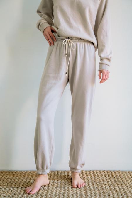 Donni. Vintage Fleece Gemstone Sweatpant - Stone