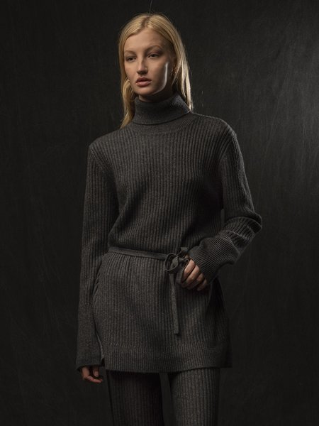 PURECASHMERE NYC Long Turtleneck Loose Fit Tunic - Graphite