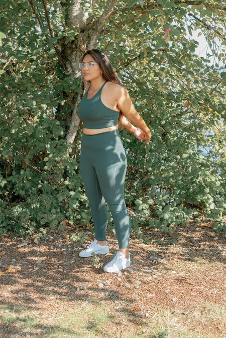 GIRLFRIEND COLLECTIVE HIGH RISE COMPRESSIVE 23.75 LEGGINGS - MOSS