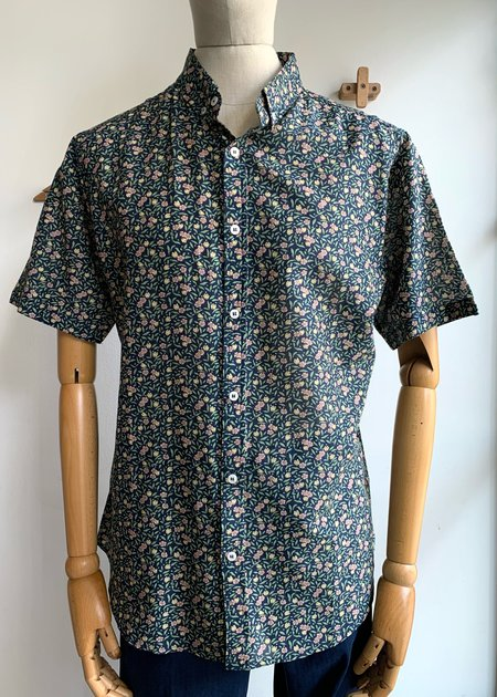 Oxford Lads S/S Button Down top - floral
