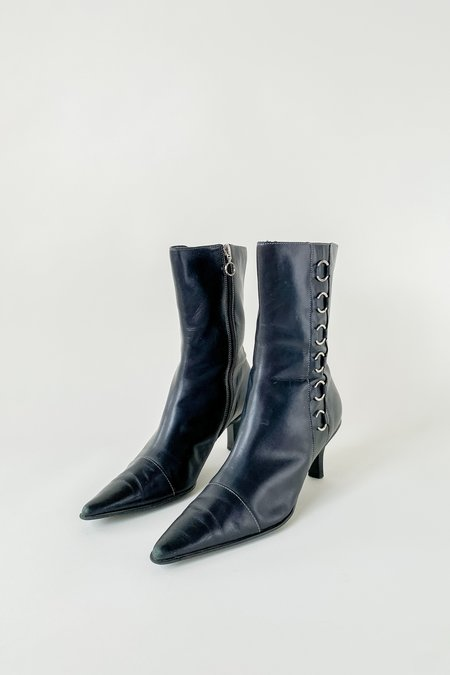 Vintage Leather Silver Ring Kitten Heel Boots - Black