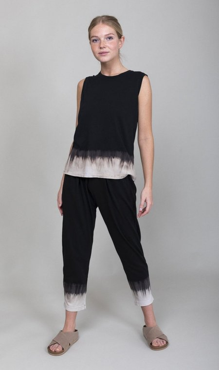 Raquel Allegra Fitted Muscle Tee - Black Horizon Tie Dye