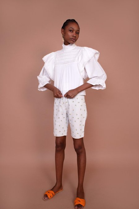 Meadows Begonia Shorts - Daisy Embroidery