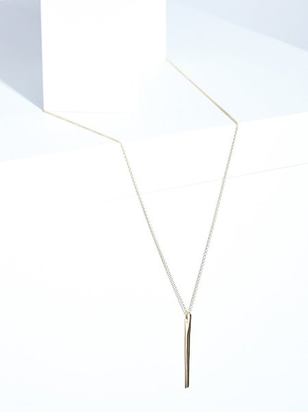 The Thorny Roses Needle Pendant Necklace - 14K Gold
