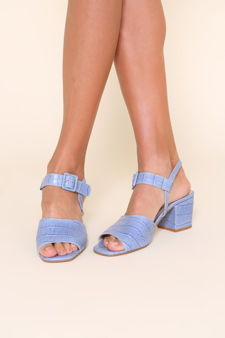 """""""INTENTIONALLY __________."""" BAXTER heels - Periwinkle"""