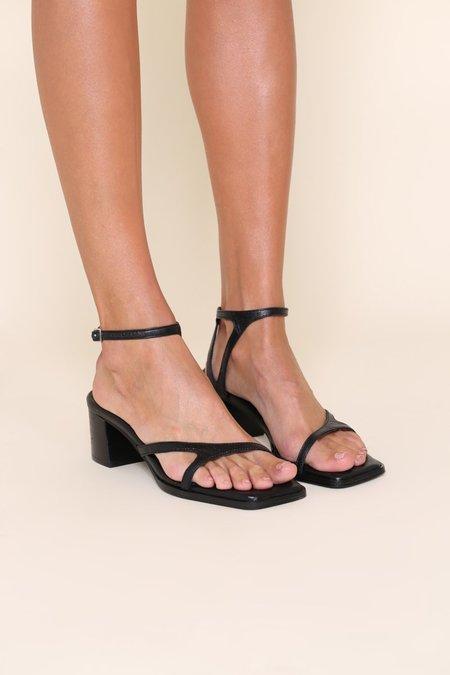 """INTENTIONALLY __________."" FAN sandals - Black"