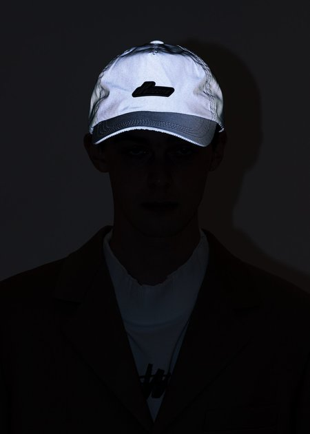 we11done Reflective We11done Logo Cap - Silver