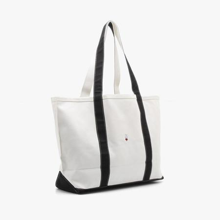 Pop Trading Company x Miffy Beach Bag - white