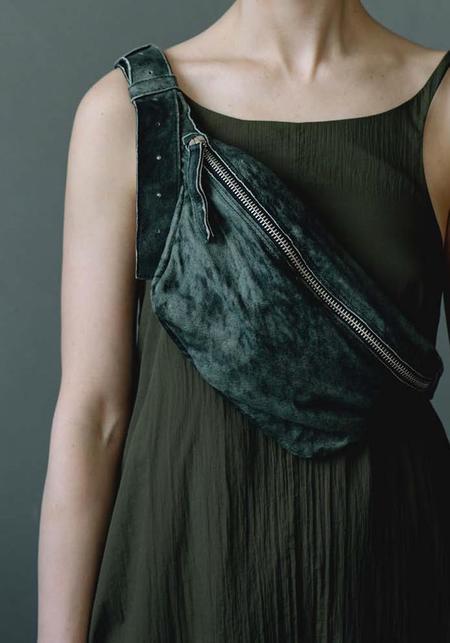 Julia Fom Leather Beltbag - Light Green