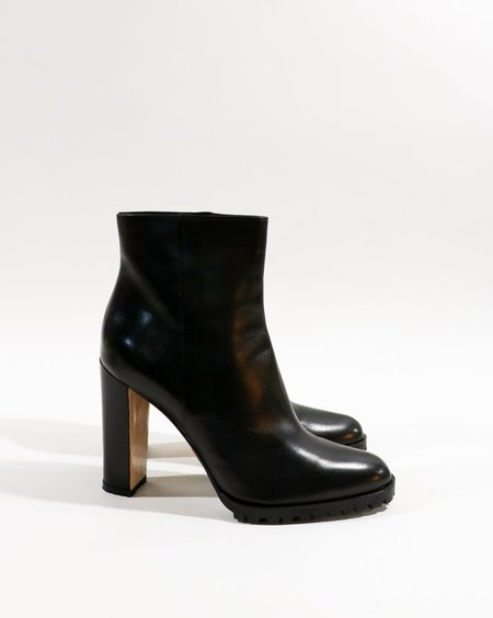 [Pre-loved] Gianvito Rossi Rugged Leather Ankle Boots