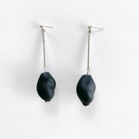 Crescioni oliva earrings - black