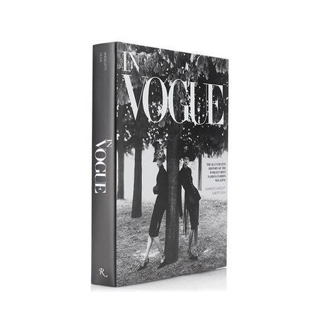 """Rizzoli New York """"In Vogue"""" byAlberto Oliva and Norberto Angeletti Book"""