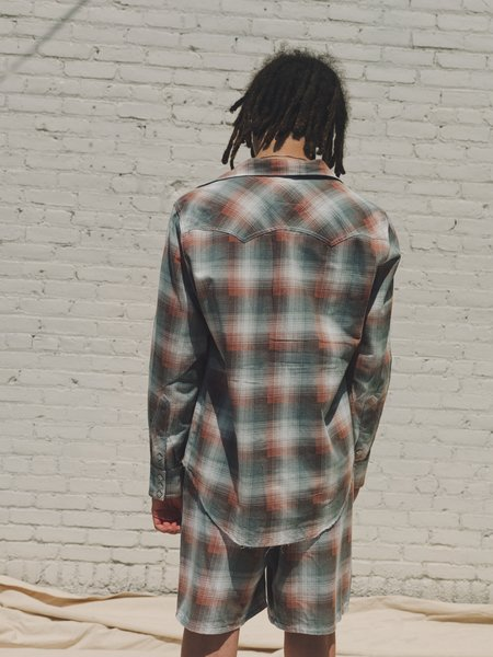 The Letters Ombre Check Washed Flannel Western Cutting Shirt - Light Grey/Pink