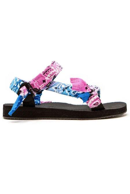Arizona Love Trekky TDY Bandana Sandals - Blue/Pink