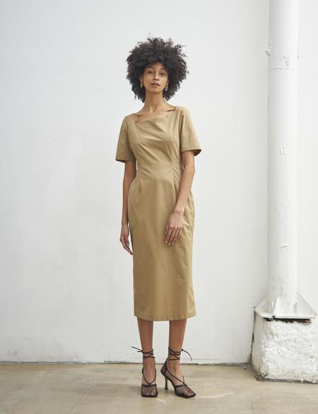 Maison De Ines SECOND HALF MOON NECK DRESS - beige