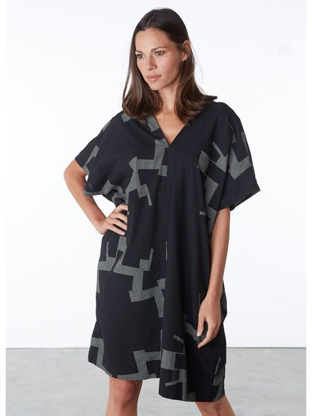 Uzi NYC Oversized V Dress - Black Sun