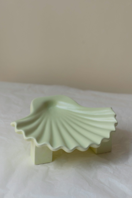 Los Objetos Decorativos Seashell Plate - Lime